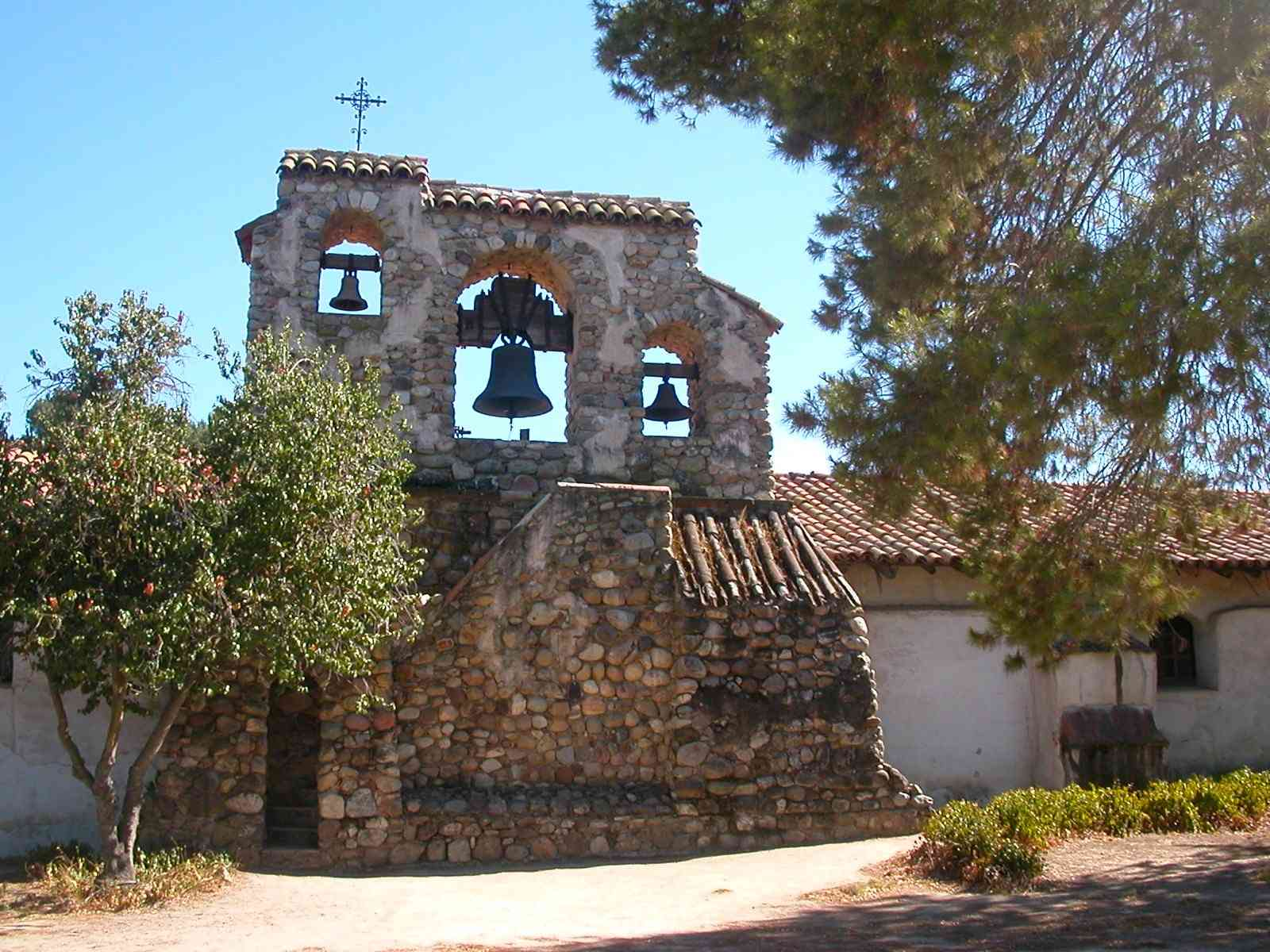 missions of california Mission san diego is california's first mission founded by father junipero serra.